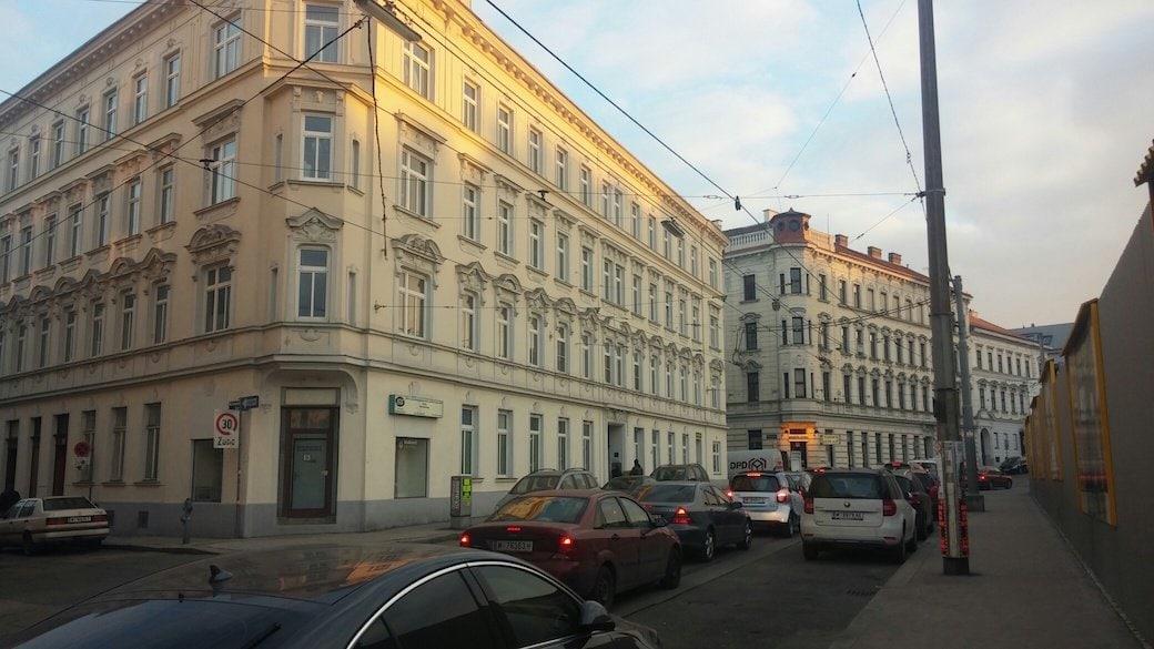 dobra szkoła w Wiedniu