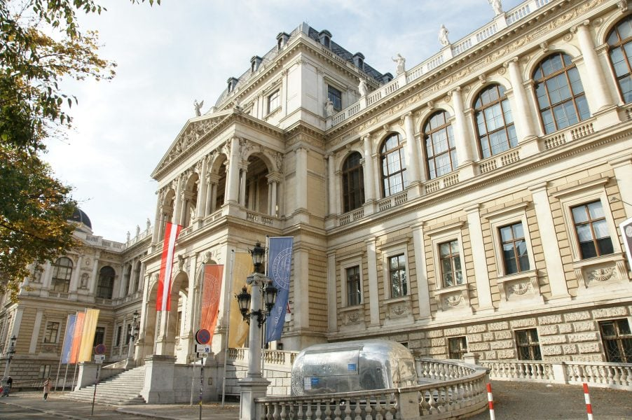 Registration certificate in Austria – documents and costsRegistration certificate in Austria – documents and costs
